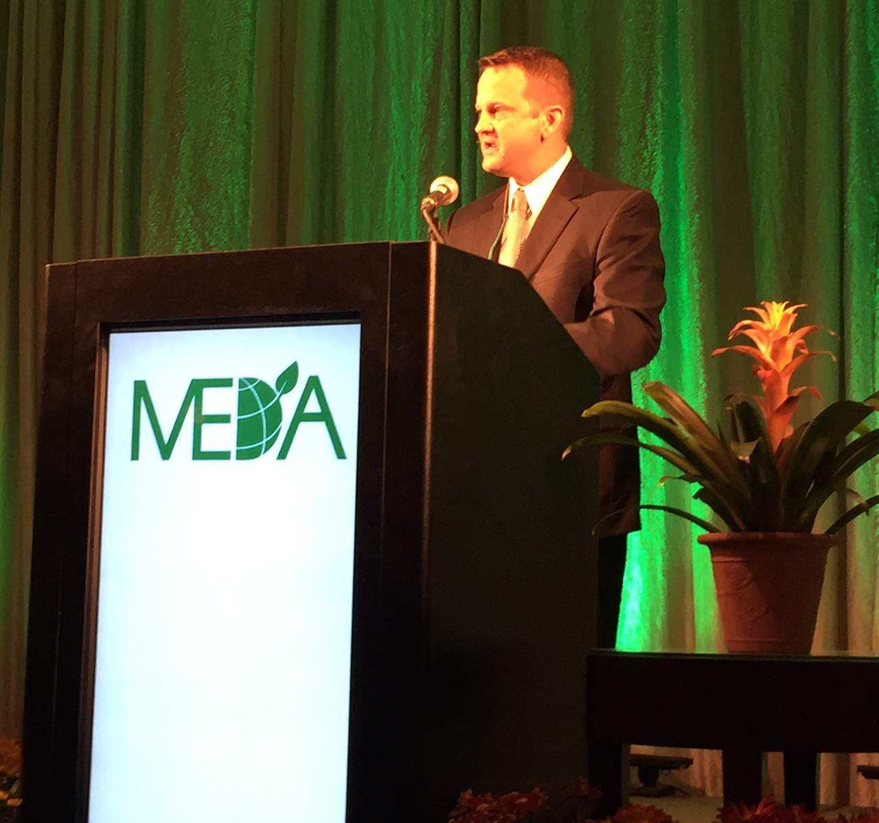 Jim Miller At MEDA Convention